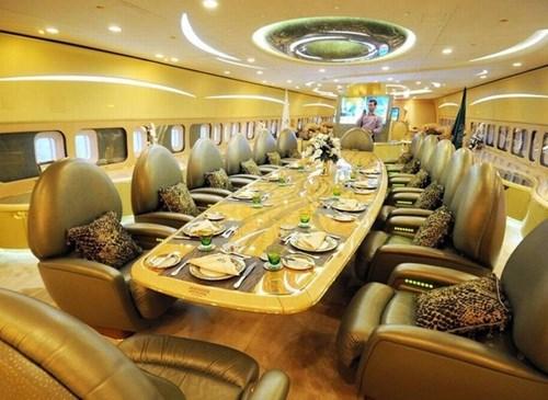 """""""Choáng"""" với tài sản của người sở hữu hơn 7000 siêu xe - 4"""
