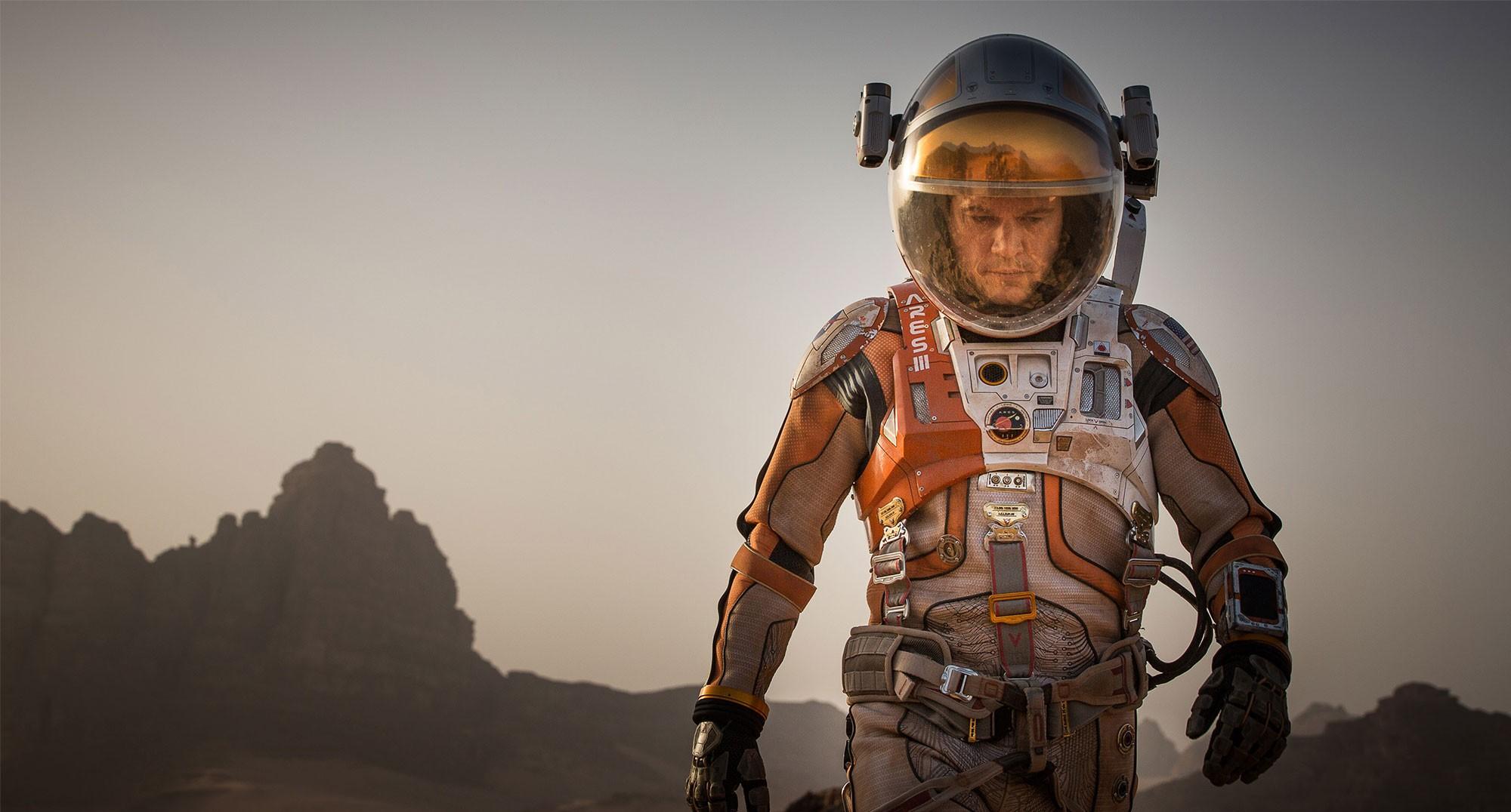 """""""Người về từ sao Hỏa"""" mang về 230 triệu đô sau 2 tuần - 2"""