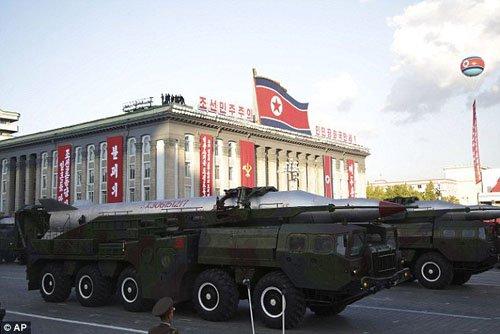 Hàn Quốc: Tên lửa Triều Tiên không thể gắn đầu đạn hạt nhân - 1