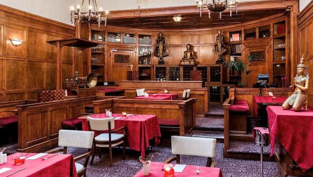 """Những nhà hàng """"bá đạo"""" nhất nước Anh - 1"""