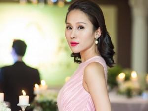 Siêu mẫu Thái Hà xinh đẹp ngày trở lại