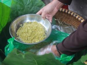 Hương cốm ngào ngạt trong ngày hội làng cốm Mễ Trì