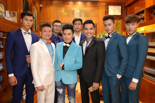 Ca sĩ Quang Hà tư vấn chọn vest cho Ngọc Anh - 3
