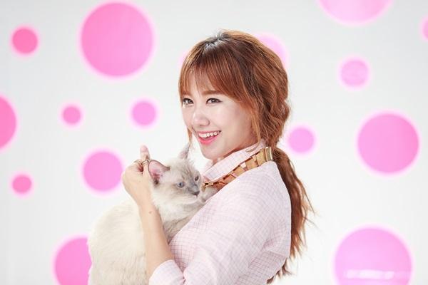 """Mèo """"hàng trăm triệu"""" làm thú cưng của người đẹp châu Á - 11"""
