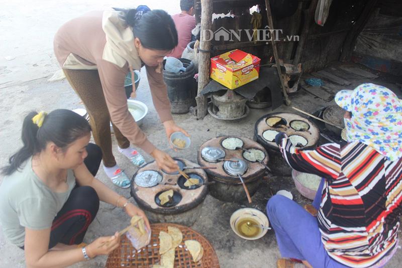Ra Cù Lao Xanh thưởng thức bánh xèo chỉ với 500 đồng - 2