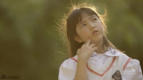 """Bất ngờ trước vẻ đẹp thiên thần của Angelababy """"nhí"""" - 2"""