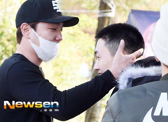Chàng trai dí dỏm nhất nhóm Super Junior nhập ngũ - 5