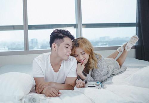 Phạm Hồng Phước thân mật cùng bạn diễn nữ trong MV - 4