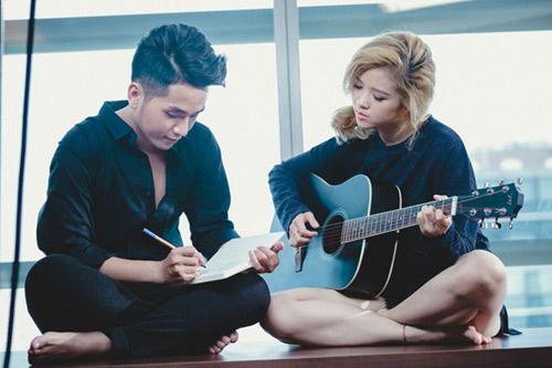 Phạm Hồng Phước thân mật cùng bạn diễn nữ trong MV - 2