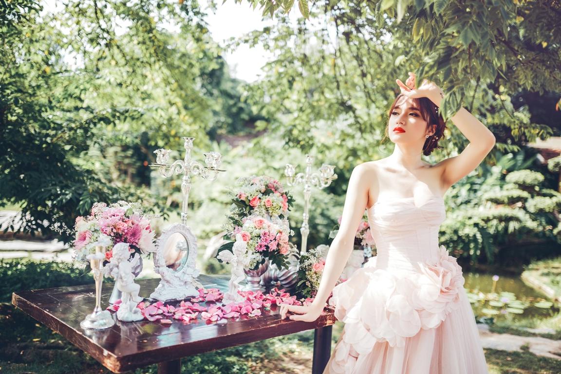 Hương Giang Idol dịu dàng, nữ tính khi làm cô dâu - 4