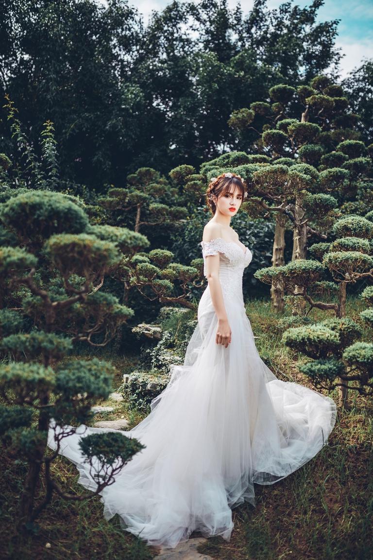Hương Giang Idol dịu dàng, nữ tính khi làm cô dâu - 8
