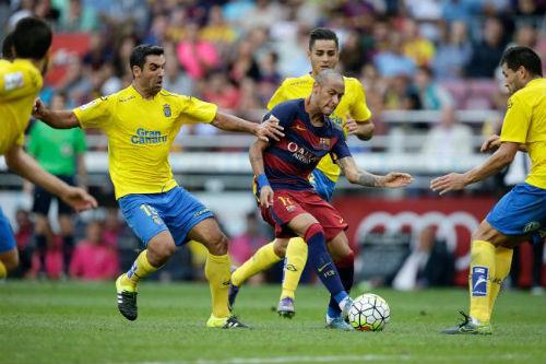Đến MU, Neymar sẽ vượt Messi - Ronaldo về... tiền - 1