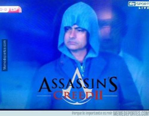 """Mourinho bị lộ khi """"do thám"""" ở Kiev - 3"""