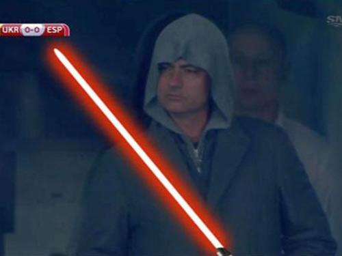 """Mourinho bị lộ khi """"do thám"""" ở Kiev - 6"""