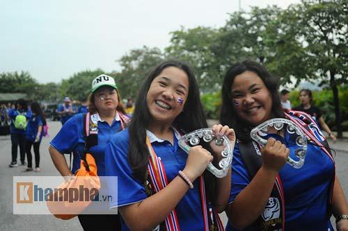 Ultra Thái Lan huyên náo sân Mỹ Đình - 10