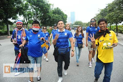 Ultra Thái Lan huyên náo sân Mỹ Đình - 9
