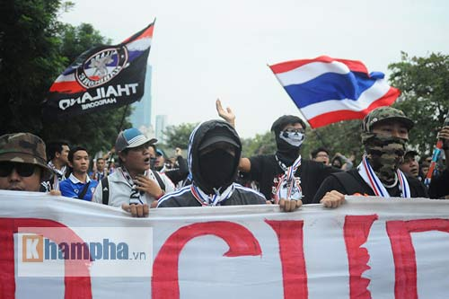 Ultra Thái Lan huyên náo sân Mỹ Đình - 3