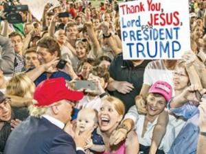 Tài chính - Bất động sản - Donald Trump: Tỷ phú làm đảo lộn chính trường Mỹ