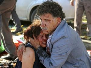 Chuyện đau lòng sau bức ảnh từ vụ đánh bom ở Thổ Nhĩ Kỳ