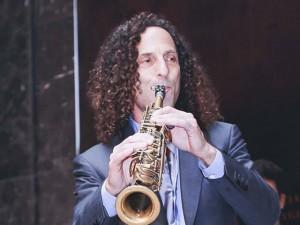 Kenny G tiết lộ lý do luôn mang kèn saxophone bên mình