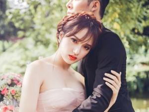 Hương Giang Idol dịu dàng, nữ tính khi làm cô dâu