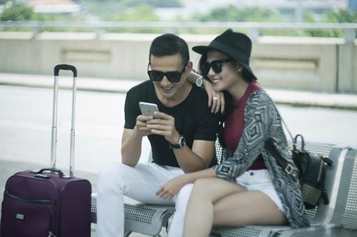 Vợ chồng Lương Thế Thành tình tứ ở sân bay - 5