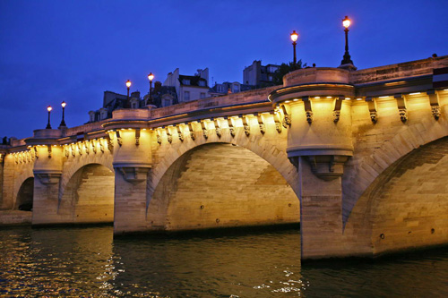 Khám phá điểm chung kỳ lạ của những cây cầu ấn tượng trên thế giới - 2
