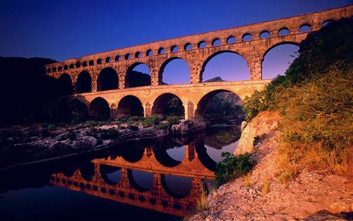 Khám phá điểm chung kỳ lạ của những cây cầu ấn tượng trên thế giới - 4