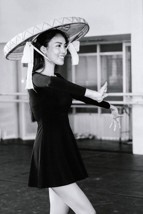 Lan Khuê sẽ múa dân tộc tại Hoa hậu Thế giới 2015 - 2