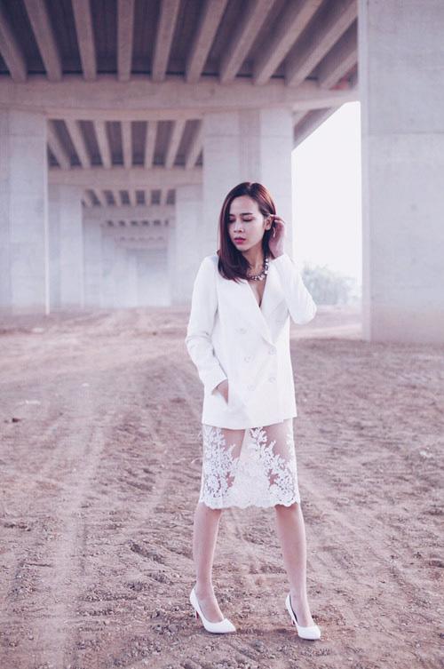 """Chị em Việt """"điệu quên thời tiết"""" với váy ngủ mỏng - 10"""