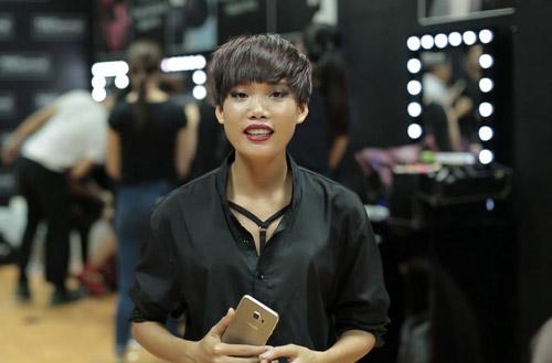 Thanh Hằng rạng rỡ trong hậu trường chung kết Next Top - 7