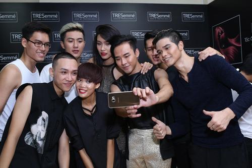 Thanh Hằng rạng rỡ trong hậu trường chung kết Next Top - 4