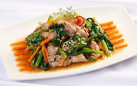 Rau cải xào thịt thơm ngon cho bữa cơm tối - 1