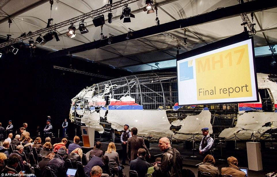 Video mô phỏng tên lửa Buk nổ, giết chết tổ lái MH17 ngay tức khắc - 6