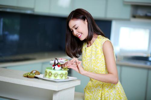 Ninh Dương Lan Ngọc trổ tài vào bếp bằng kiwi - 3
