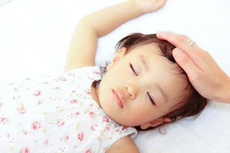 Dấu hiệu thiếu Canxi ở trẻ - 2
