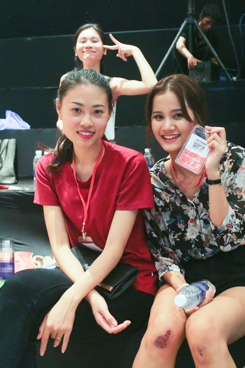 Sau đăng quang, Hương Ly đã tất bật chạy show - 4