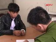 """An ninh Xã hội - Nam sinh đâm chết """"đàn anh"""" trước cổng trường học"""