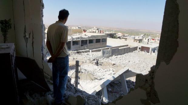 Ảnh: Cảnh thanh bình hiếm hoi trong đổ nát ở thủ đô Syria - 6