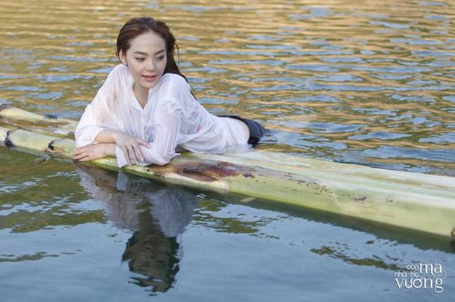 Bộ ảnh của Minh Hằng nhận được nhiều lời khen ngợi bởi vẻ đẹp trong sáng và thanh thoát của nữ diễn viên khả ái.