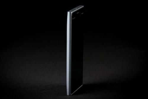 Đánh giá Lumia 735: Cấu hình thấp, nhưng pin bền - 2