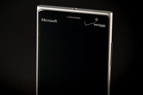 Đánh giá Lumia 735: Cấu hình thấp, nhưng pin bền - 8