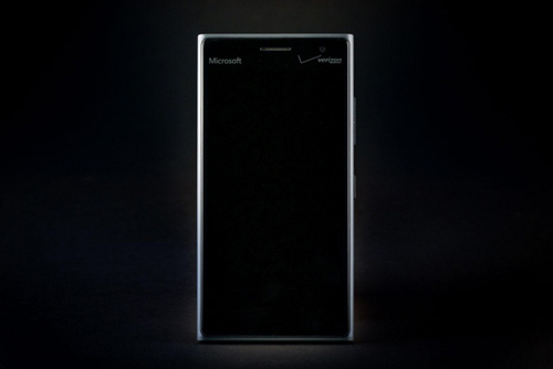 Đánh giá Lumia 735: Cấu hình thấp, nhưng pin bền - 10