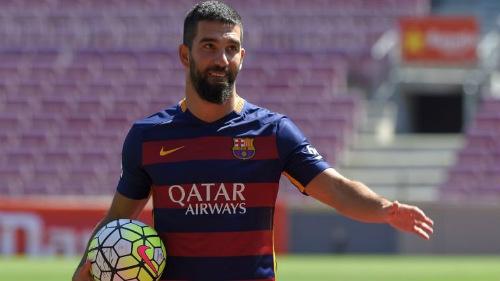 Tin HOT tối 15/10: Sanchez phủ nhận muốn đến Real - 1