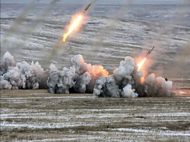 """Pháo phản lực TOS-1A – """"Kẻ hủy diệt"""" đến từ Moscow - 2"""