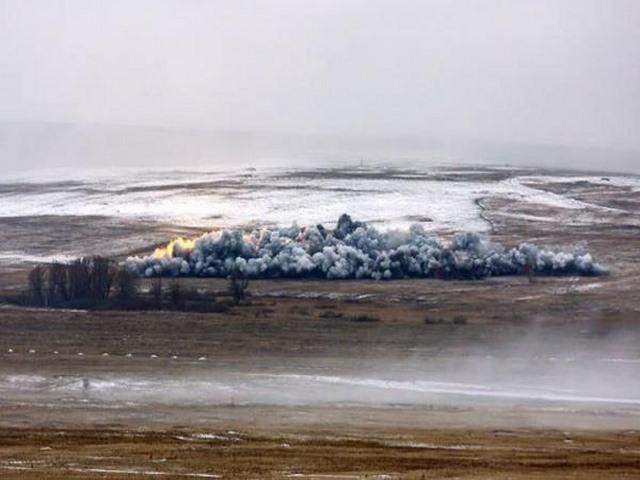 """Pháo phản lực TOS-1A – """"Kẻ hủy diệt"""" đến từ Moscow - 4"""