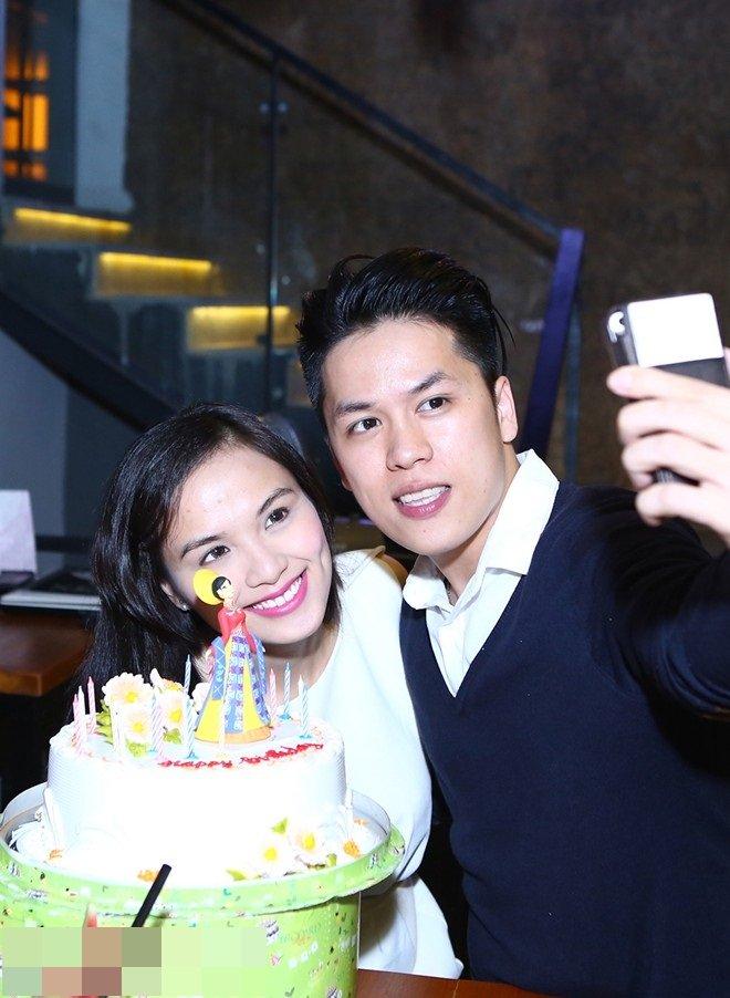 Diễm Hương không dùng đám cưới để PR tên tuổi - 1