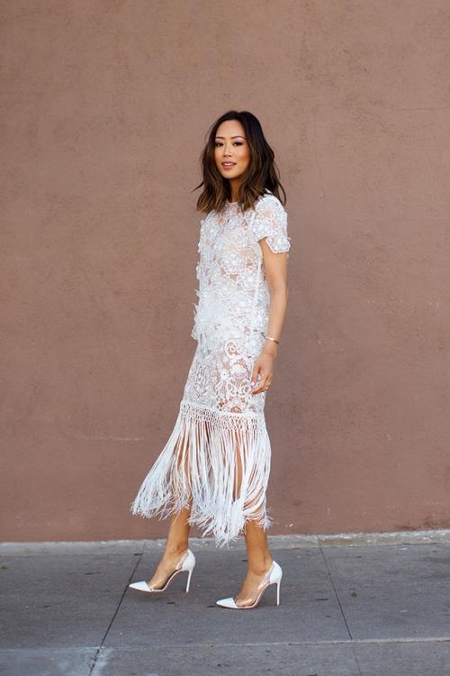 Sức hút tuyệt vời từ những chiếc váy ren trắng - 3