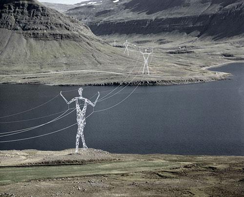 Ý tưởng táo bạo: Biến cột điện thành tượng khổng lồ - 2