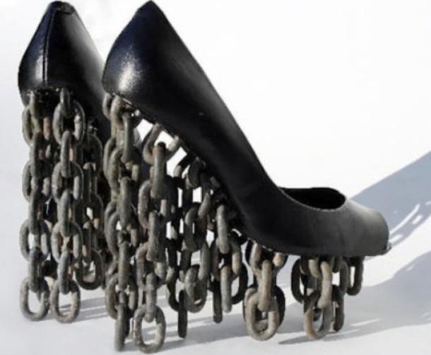 """Những đôi giày cao gót """"bá đạo"""" nhất thế giới - 10"""